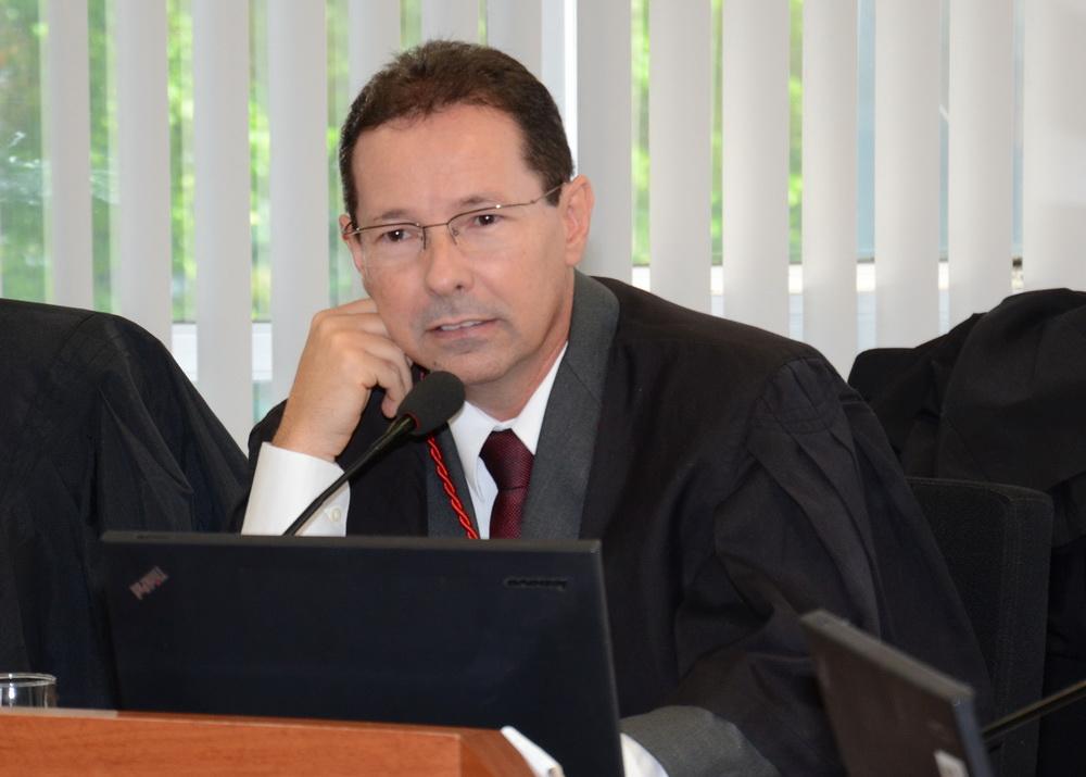 Desembargador Leandro dos Santos é entrevistado pela Rádio Justiça do STF  sobre abandono afetivo | Tribunal de Justiça da Paraíba