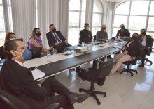 Foto da reunião do Presidente do TJPB com a equipe
